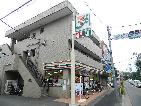 コンビ二:セブンイレブン 世田谷桜丘2丁目店 110m