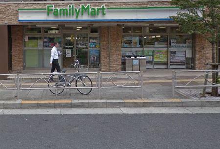 コンビ二:ファミリーマート高輪一丁目店 300m