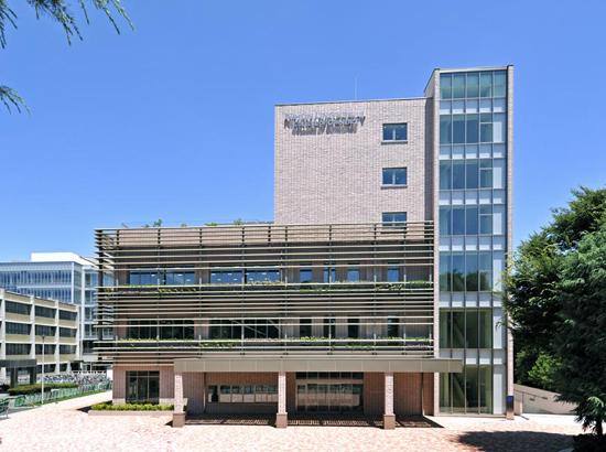 図書館:日本大学商学部図書館 666m