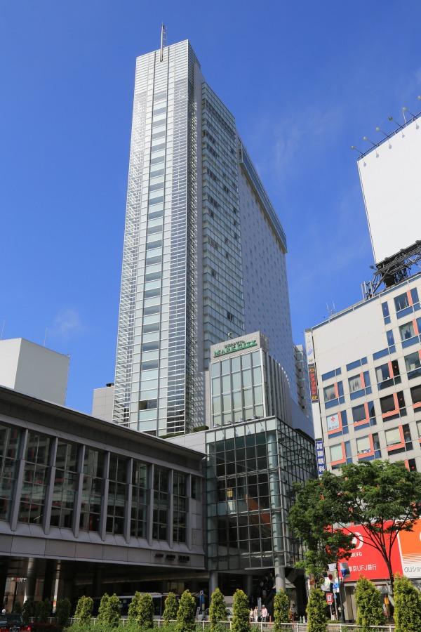 ショッピング施設:渋谷マークシティ 596m 近隣