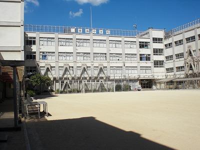 中学校:品川区立東海中学校 550m