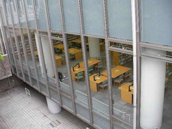 区 図書館 中野