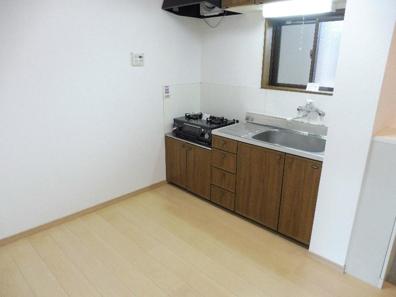 キッチンスペースは約4.5帖あります。