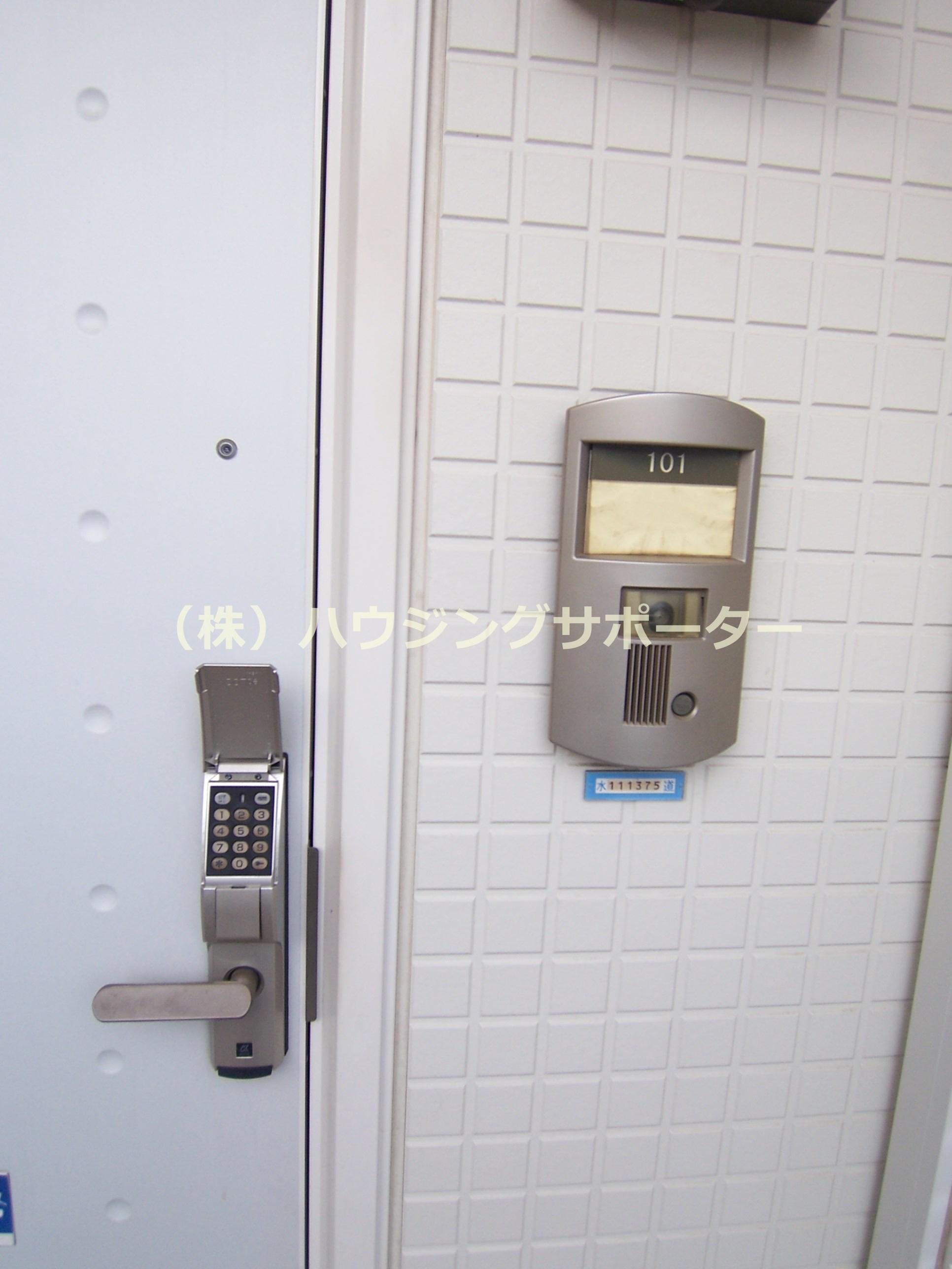 玄関デジタルロックです