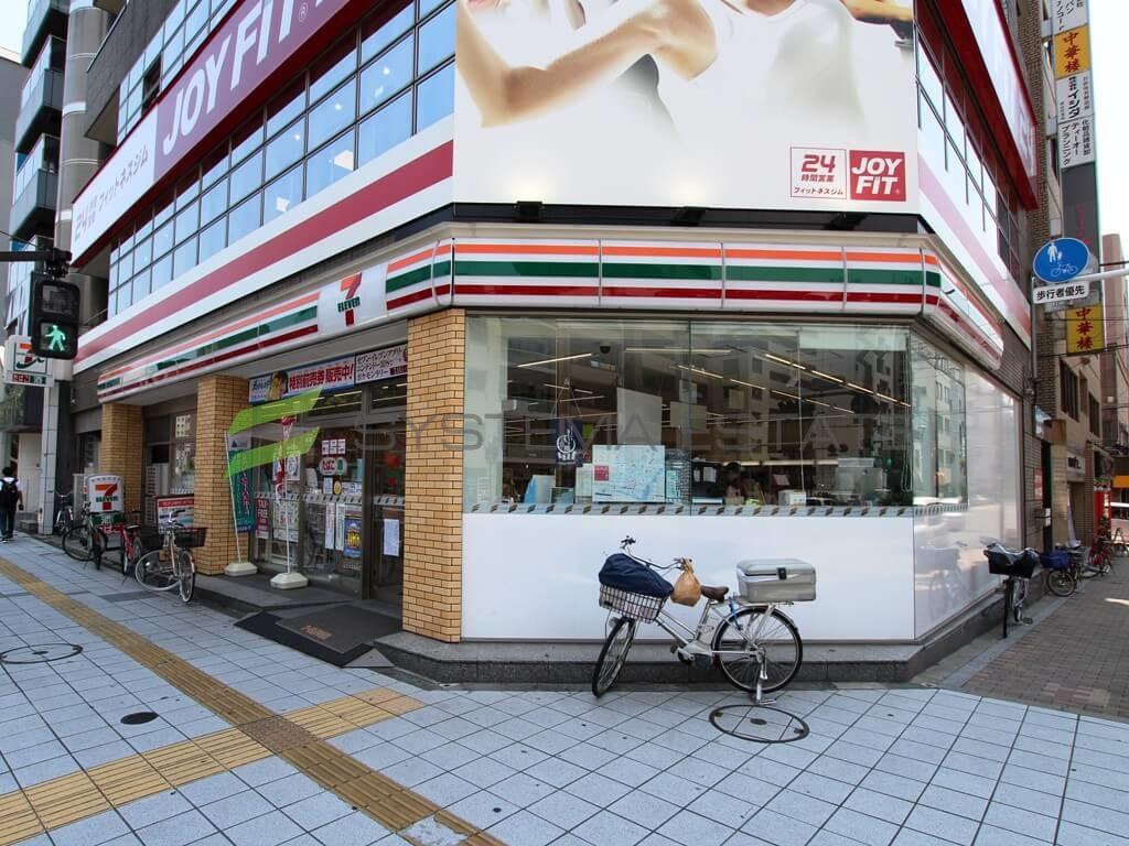 コンビ二:セブンイレブン 台東浅草橋3丁目店 54m