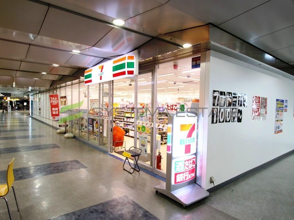 コンビ二:セブンイレブン TCAT2階店 261m