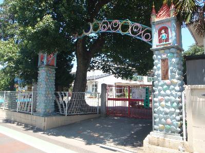 幼稚園:東覚院千歳幼稚園 107m