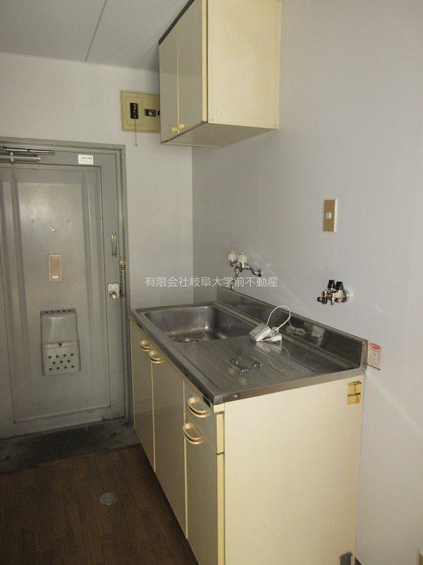 キッチン、1口又は2口コンロ設置可能(部屋により異なります)
