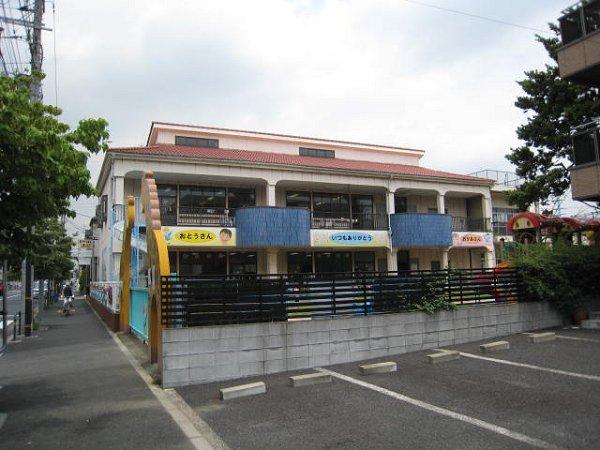 コンビ二:江北さくら幼稚園 30m