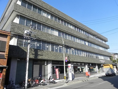 郵便局:京都岡崎郵便局 247m