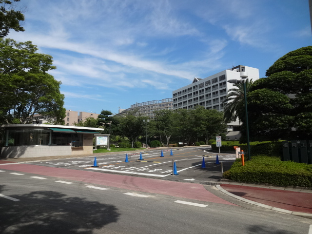 大学・短大:福岡工業大学 正門口 927m