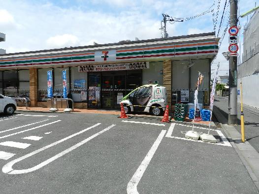 コンビ二:セブンイレブン 世田谷粕谷3丁目店 378m