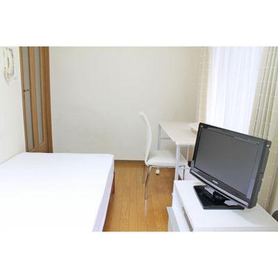 家具は白をメインに取り揃えております。
