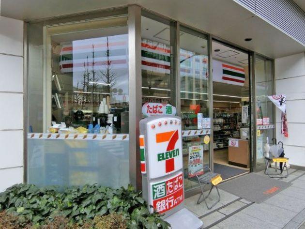 コンビ二:セブン-イレブン日本橋1丁目昭和通り店 182m