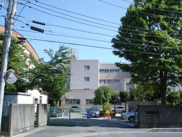 小学校:清門小学校 300m