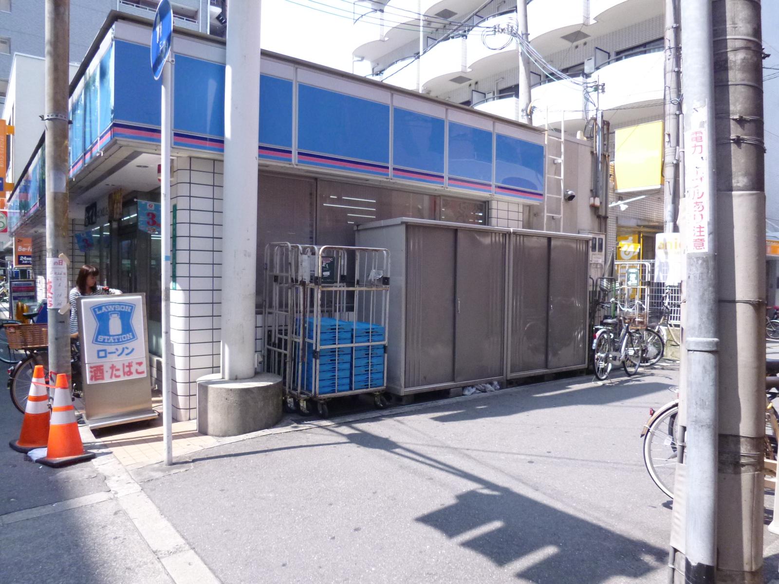 コンビ二:ローソン 東中本一丁目店 77m