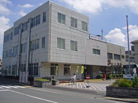 役所:筑紫野市役所筑紫出張所 340m