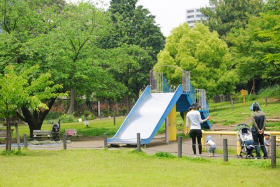 公園:目黒区立菅刈公園 280m