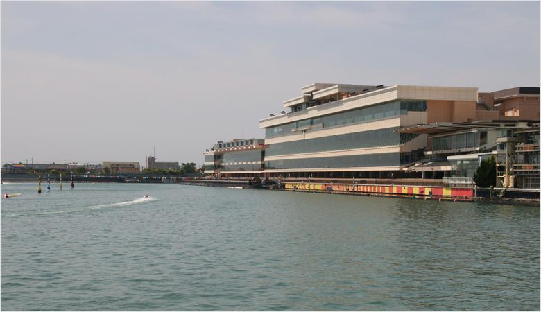 海または川:ボートレース浜名湖 1789m