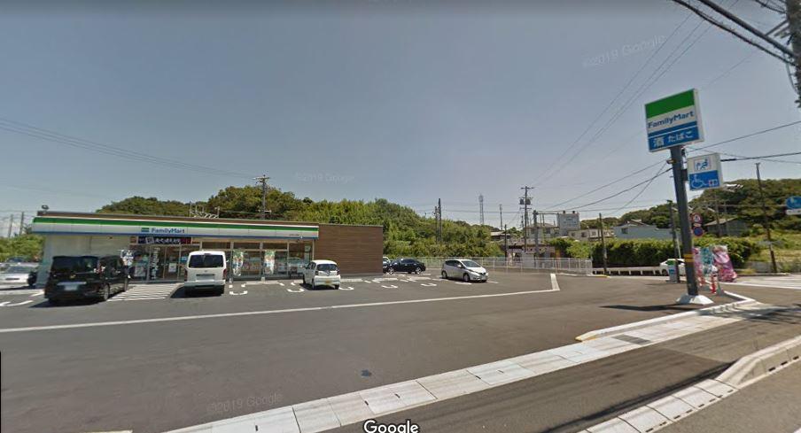 コンビ二:ファミリーマート新居中之郷店 223m
