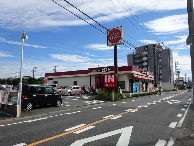 レストラン:ガスト 津島店 68m