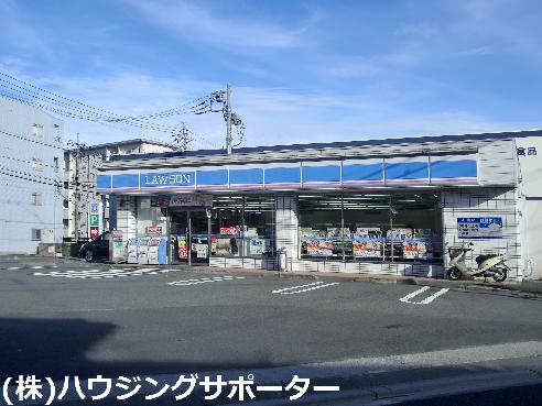 コンビ二:ローソン 八王子四谷町店 5m