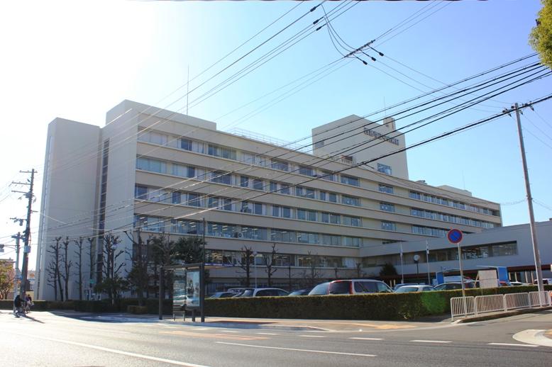 総合病院:中央病院 1313m
