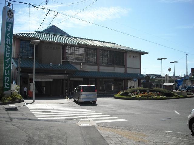 コンビ二:ファミリーマート 磐田駅前店 182m