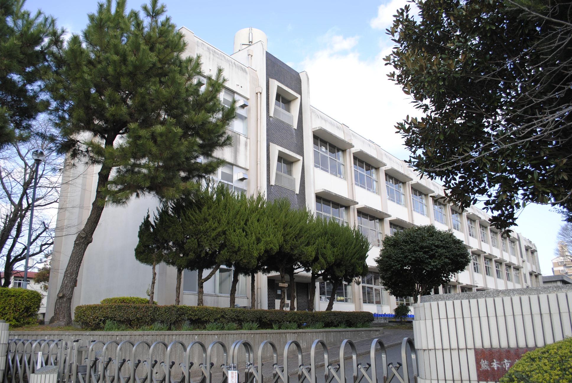 小学校:熊本市立健軍東小学校 1114m