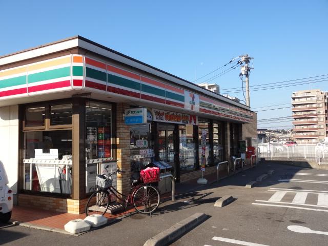 コンビ二:セブンイレブン 新宮須川店 357m