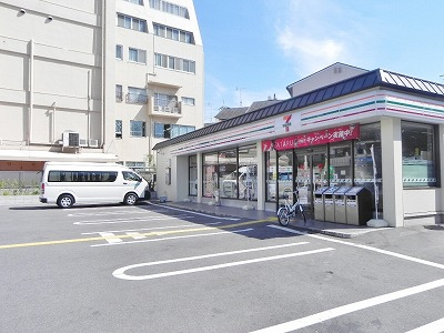 コンビ二:セブンイレブン 天神川御池店 1449m