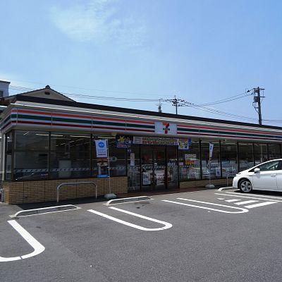 コンビ二:セブンイレブン 若松大井戸店 196m