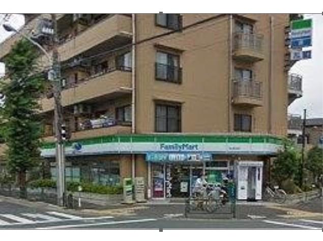 コンビ二:ファミリーマート 狛江東和泉店 471m
