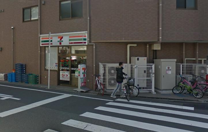 コンビ二:セブンイレブン 世田谷桜小前店 257m