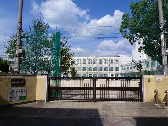 小学校:名古屋市立内山小学校 988m