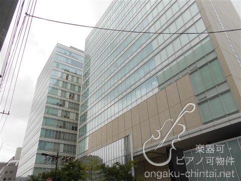 大学・短大:私立上野学園大学 183m