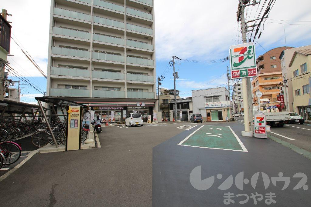 コンビ二:セブンイレブン いよてついよ立花駅店 23m