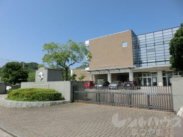 中学校:松山市立北中学校 3611m