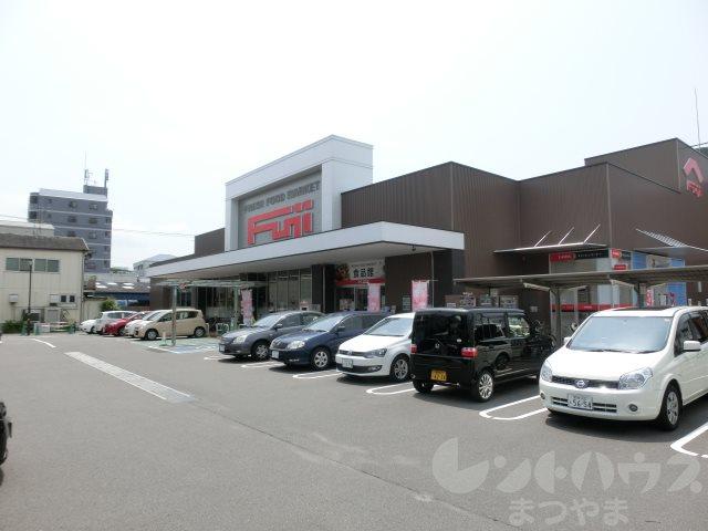 ショッピング施設:フジ立花店 314m