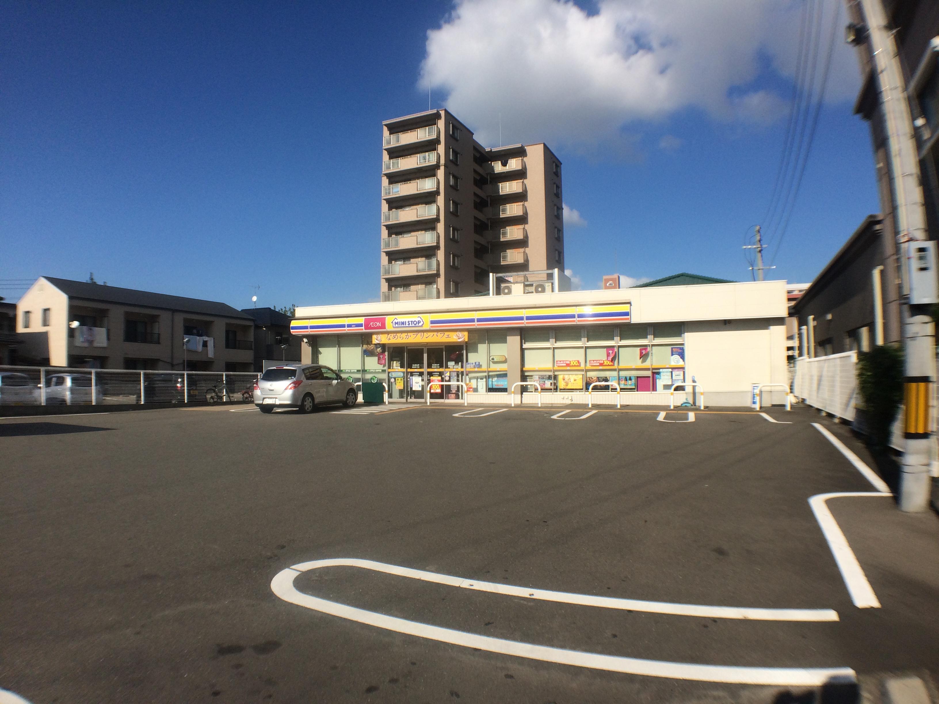コンビ二:ミニストップ 博多吉塚3丁目店 1011m