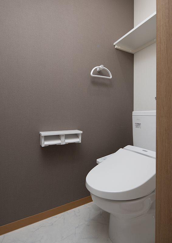 ウォシュレットトイレ。写真は当社施工例となります。実際とは異なる場合がございます。