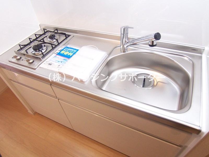 浄水機能付き水洗です(カートリッジ有料です)