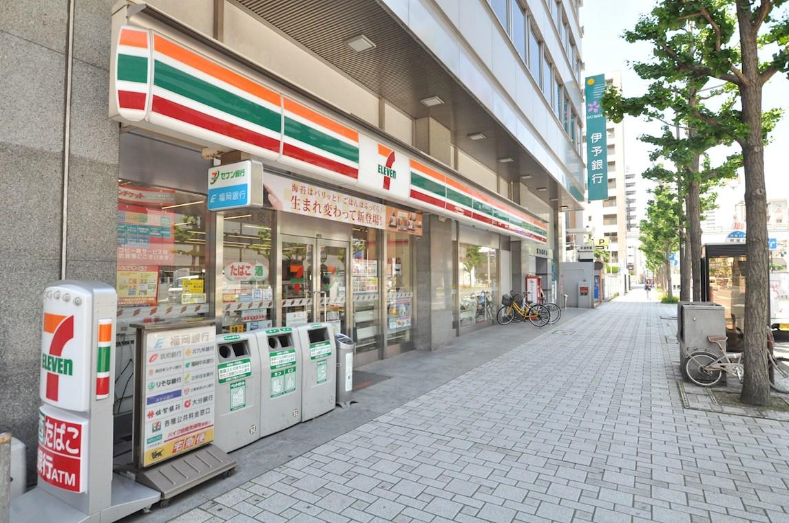 コンビ二:セブンイレブン 小倉紺屋町店 156m