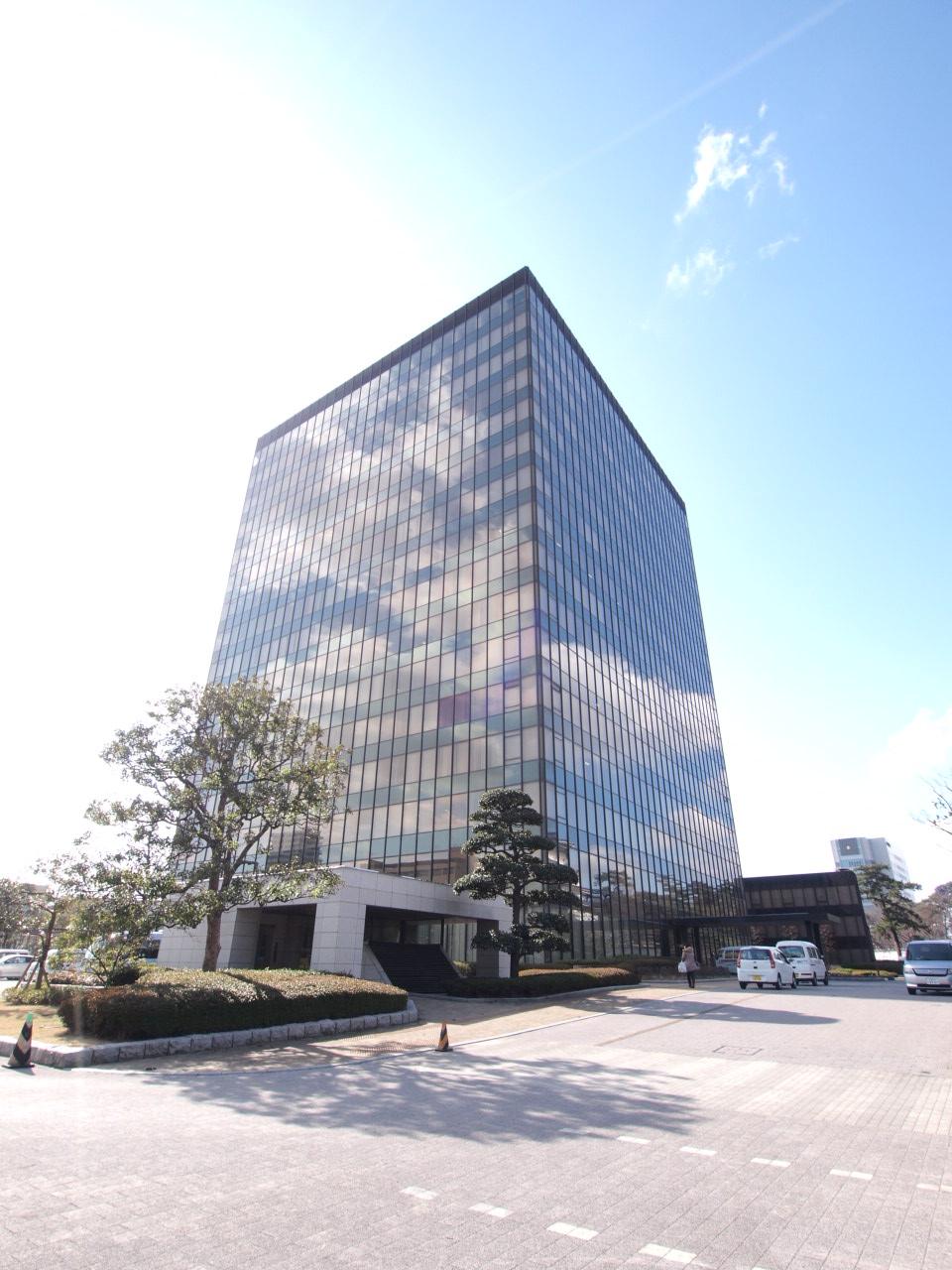 役所:北九州市役所 815m