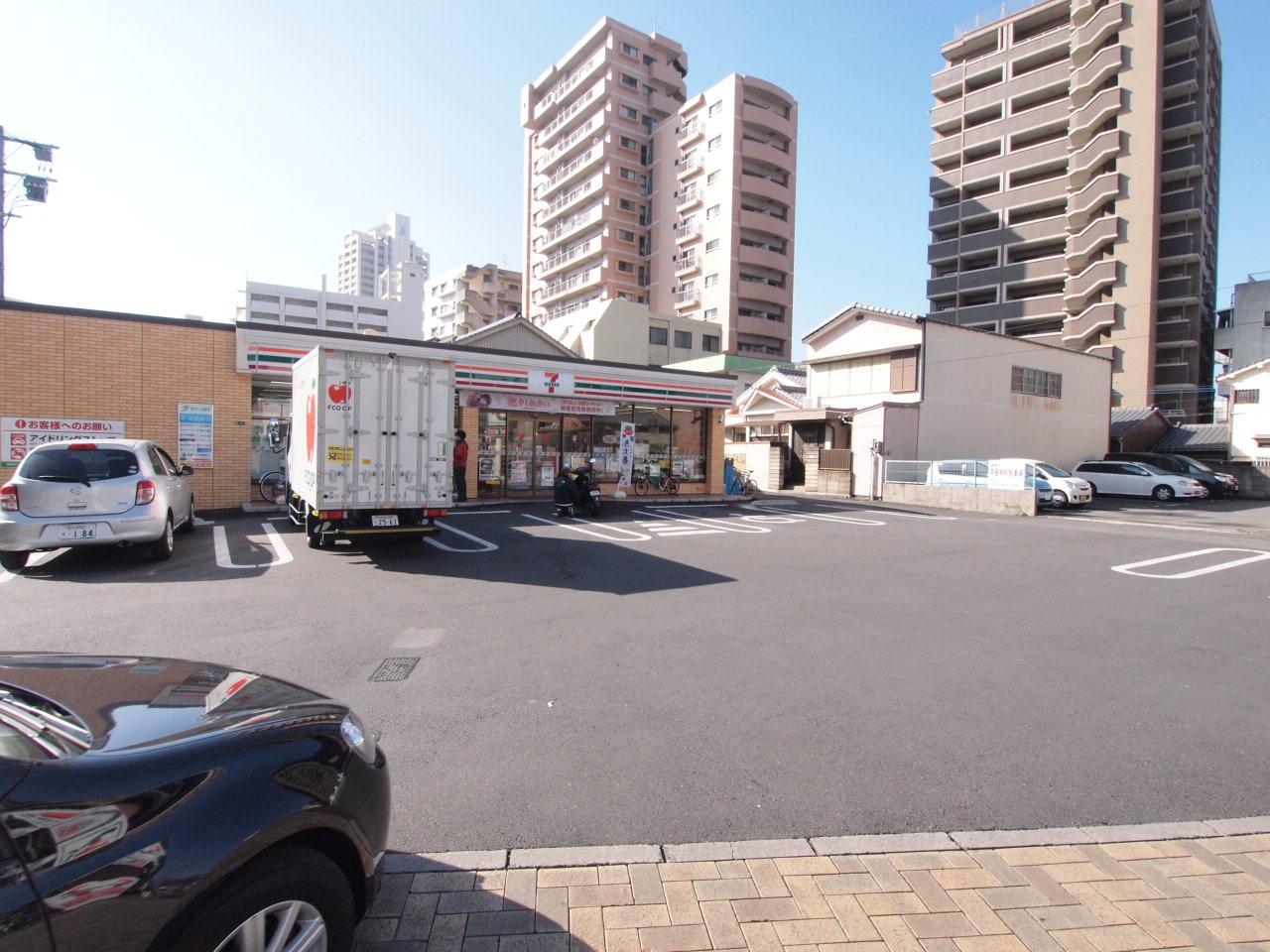 コンビ二:セブンイレブン 小倉香春口2丁目店 191m