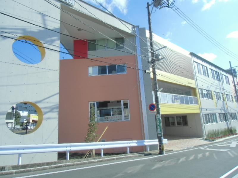 幼稚園:霧ケ丘幼稚園 285m