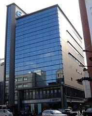 銀行:福岡中央銀行小倉支店 71m 近隣