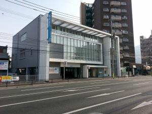 銀行:福岡銀行 城野支店 750m