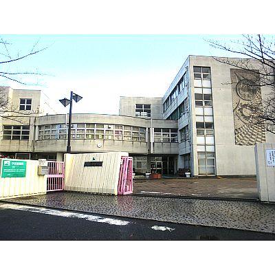 中学校:北九州市立守恒中学校 1068m