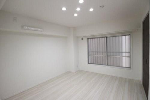 採光もアクセントの一つです。プライベートルームにはやさしい光が射し込んでいる明るい空間